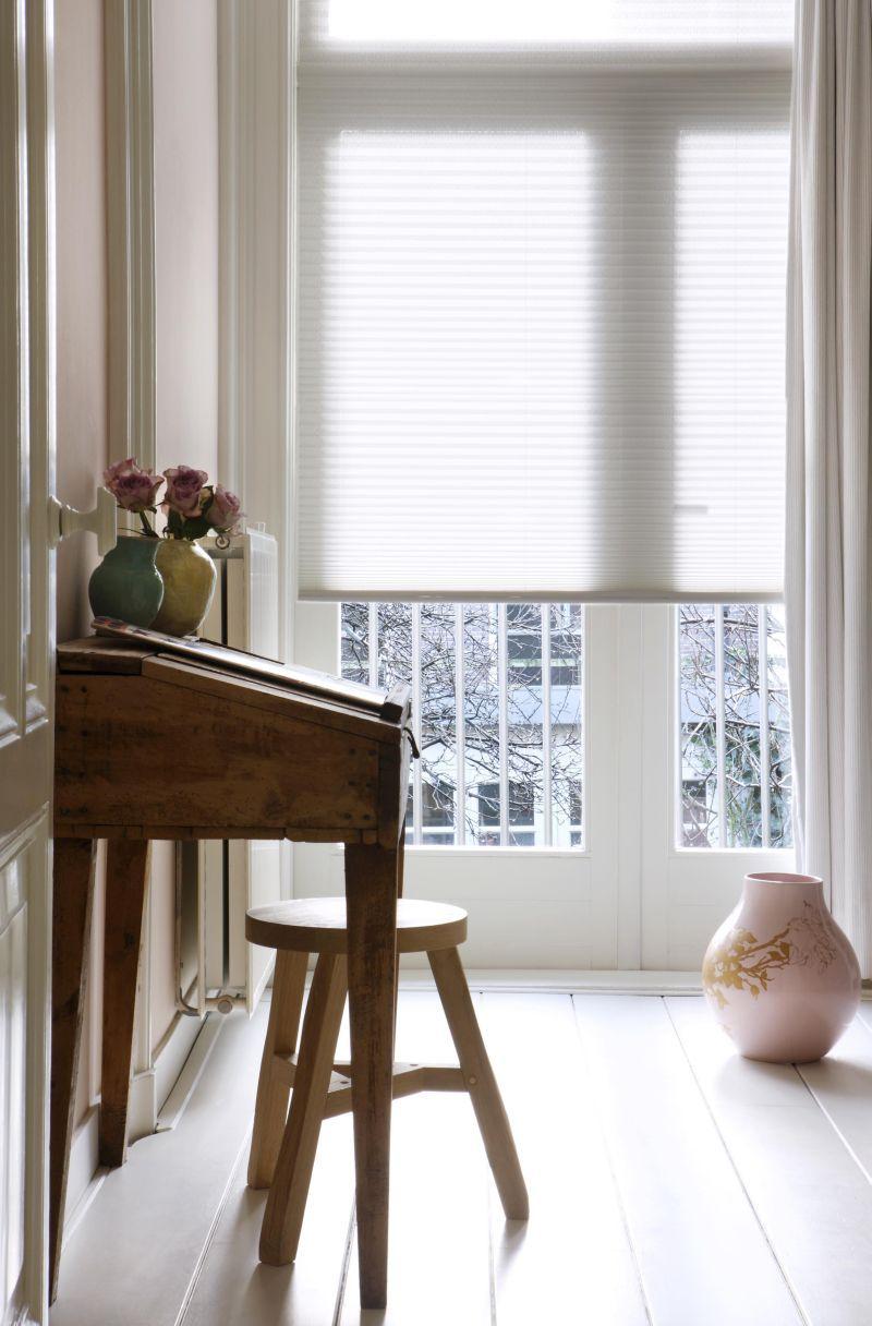stores pliss s int rieur romantique. Black Bedroom Furniture Sets. Home Design Ideas