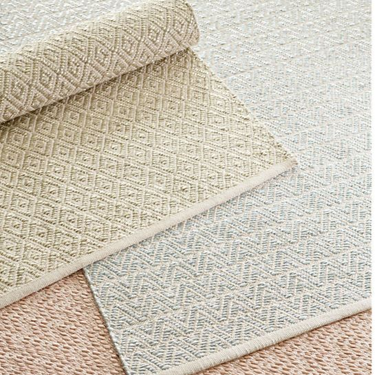 Glimmer Diamond Gold Woven Rug The Outlet Woven Rug Rugs