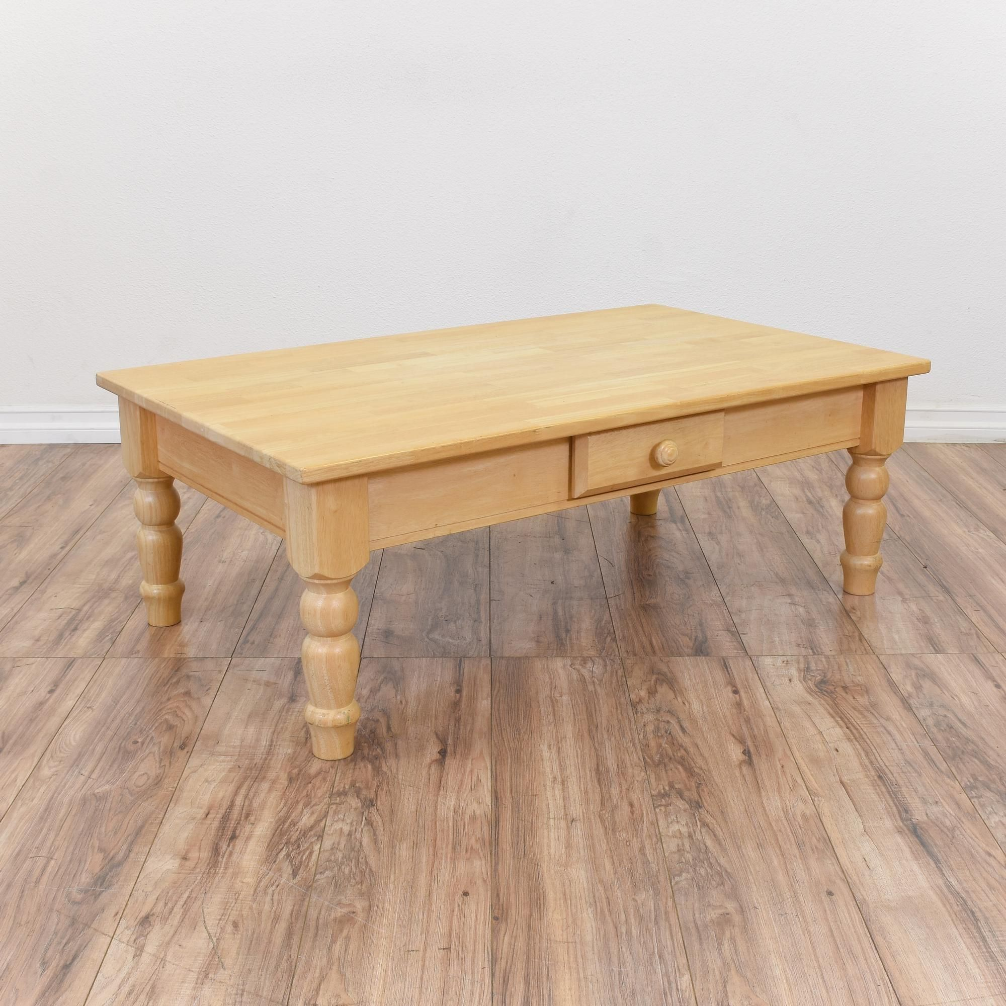This Large Coffee Table Is Featured In A Solid Wood With A Glossy Light Blonde Wood Finish This Country Chic Coffee Table Is In Great Condit Table Large Coffee Tables Blonde