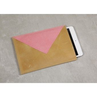 "iPad Sleeve ""HAPPY GO LUCKY"" Cognac/Coral"