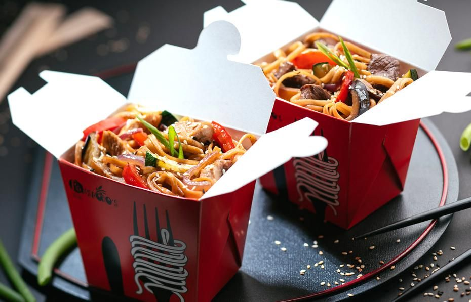 Pizzasushi Photography Pomidoros Devilery On Behance In 2020 Chinese Street Food Food Chinese Food Delivery