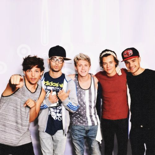 Hi please help me win a chance to meet one direction plus get front hi please help me win a chance to meet one direction plus get front row ticketsplease help me winotherwise no one direction for me please help mego m4hsunfo