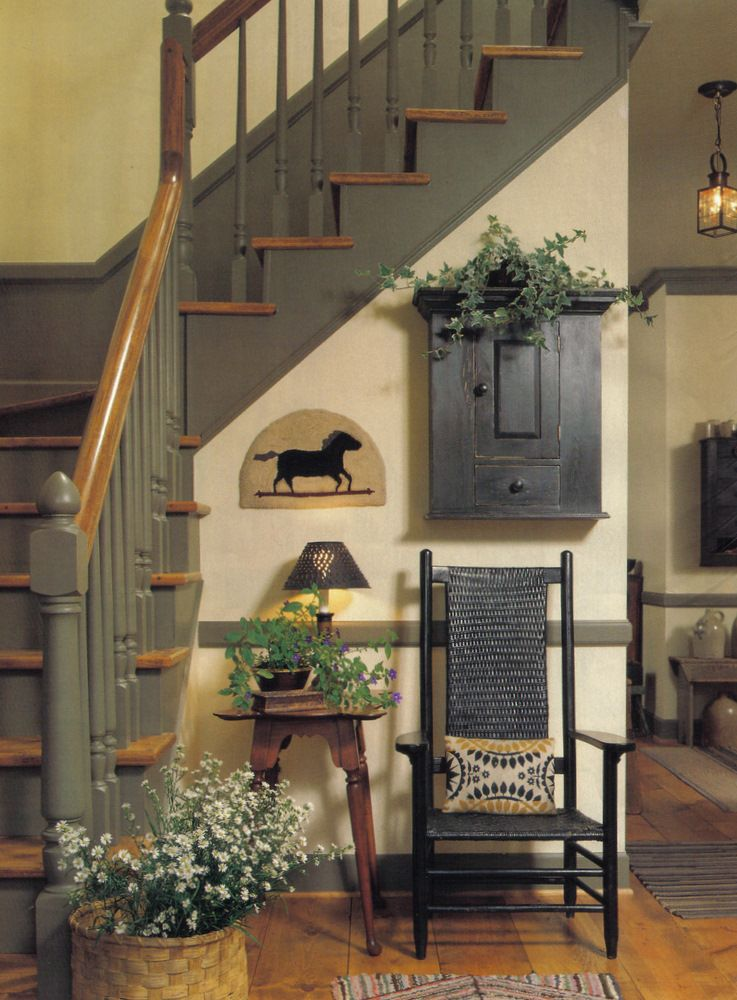 Best Primitive Colonial Staircase Hallway Home Themes Home 400 x 300
