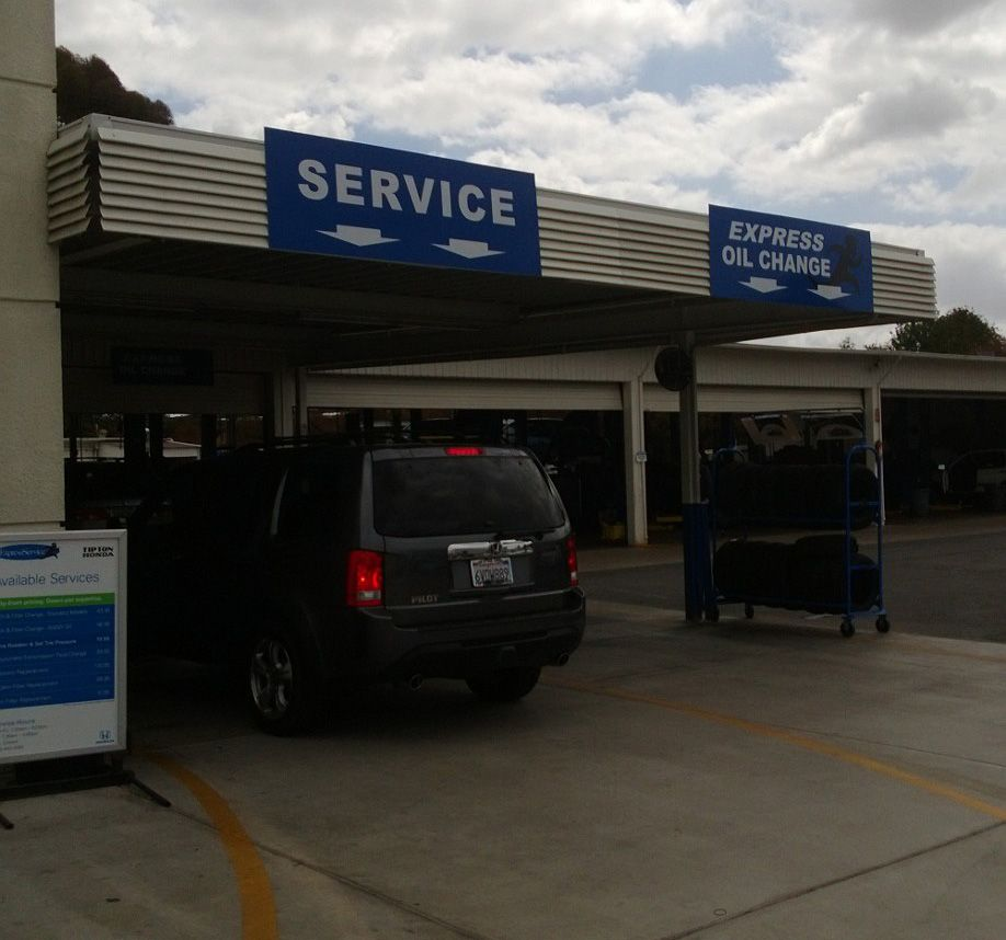 Car Dealer Honda dealership, Oil change, Good customer