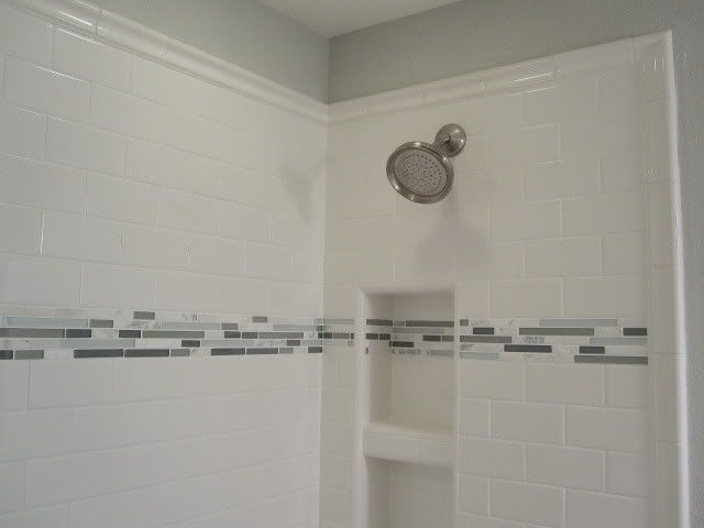 Accent tile on pinterest white subway tiles subway for Bathroom borders ideas