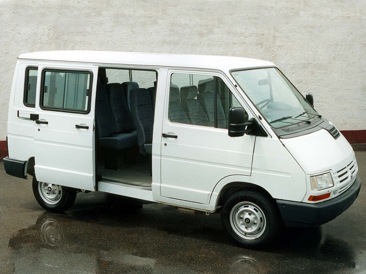 E350 Superduty Van Custom Sell Used 2000 Ford E350 Custom Van
