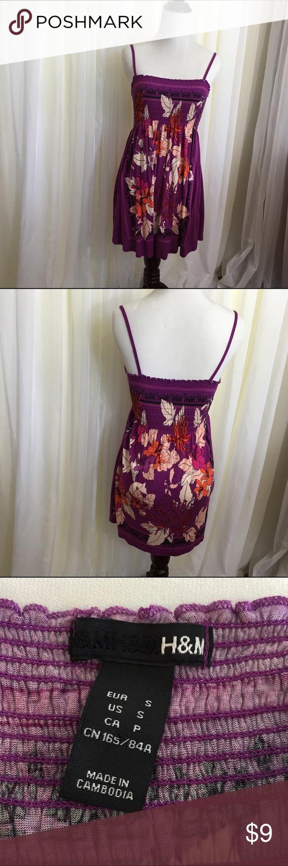 H&M Floral Print 100% Viscose Sundress Soft, flowy floral 100% viscose sundress with smocked top. H&M Dresses Mini