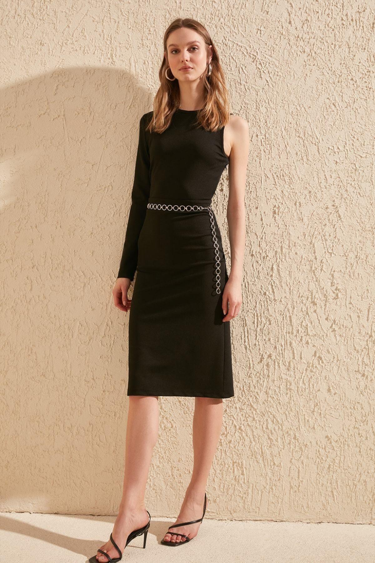 Best of Instagram Fashion: Black One Shoulder Midi Dress