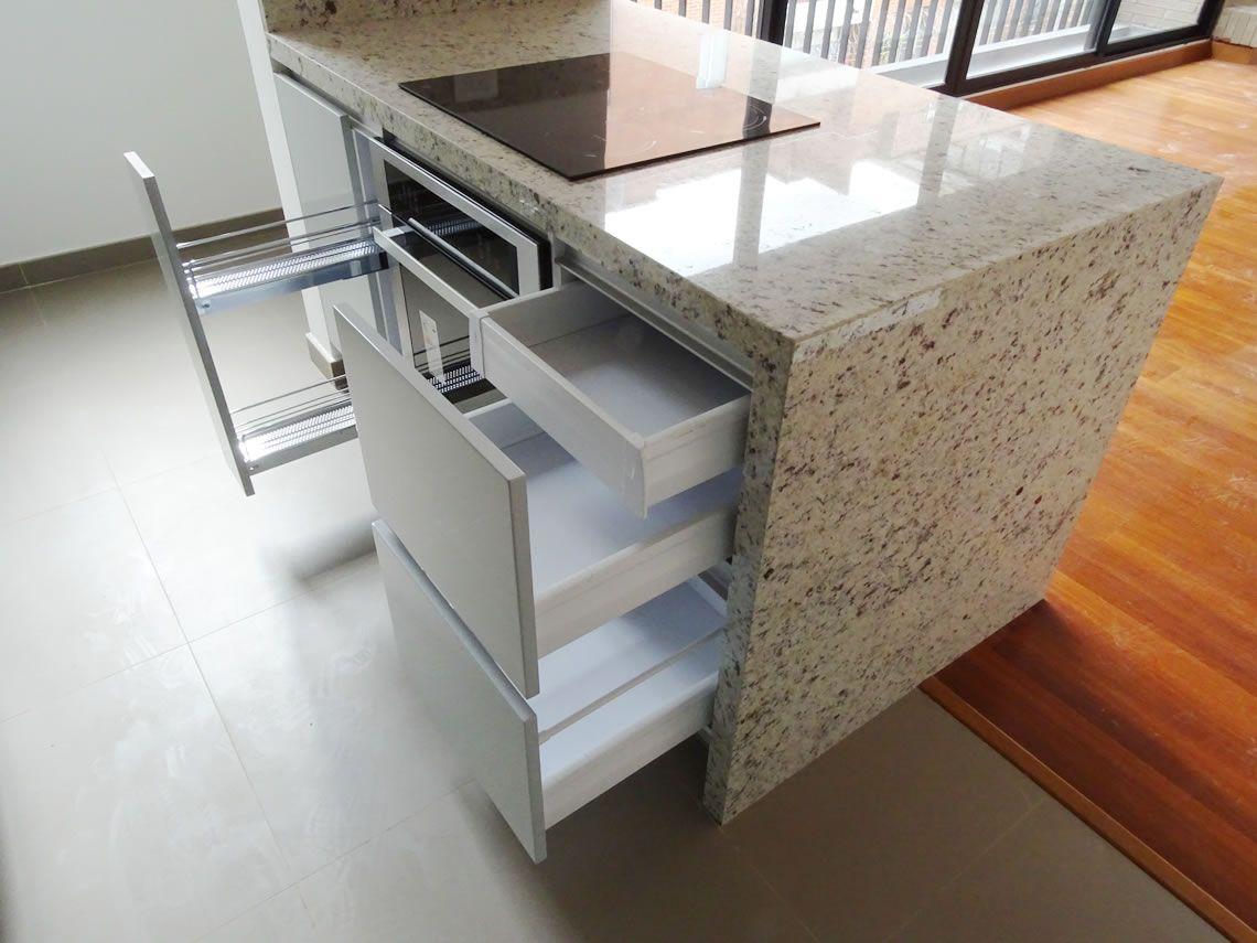 A través del diseño, nos entusiasmamos con los mejores materiales y ...