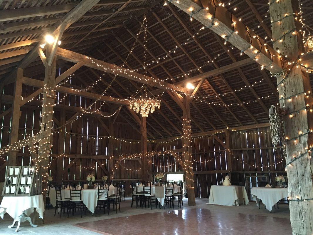 Historic Bank Barn In Pleasant Hill Provides A Great Wedding Venue Canyon Run Ranch An Authentic American Bar Bank Barn American Barn Country Barn Weddings