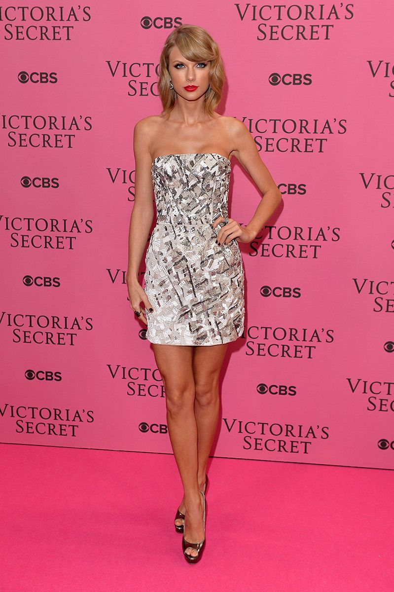 Taylor Swift in the Ultimate Winter Party Dress