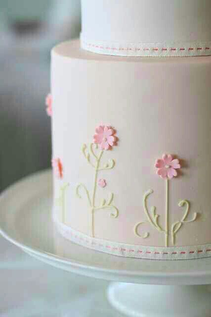 #wedding #cake #pretty #floral #details // #party #sweets