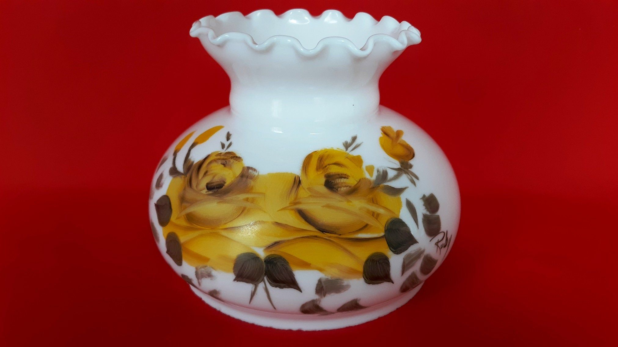 """Vintage Light Amber Etched Roses Lamp Globe Shade 5 3//4/"""" bottom 3 3//4/"""" top"""