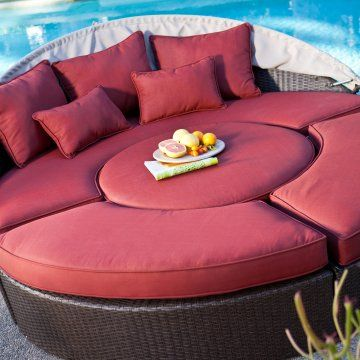 Rendezvous All-Weather Wicker Sectional Daybed - so ...