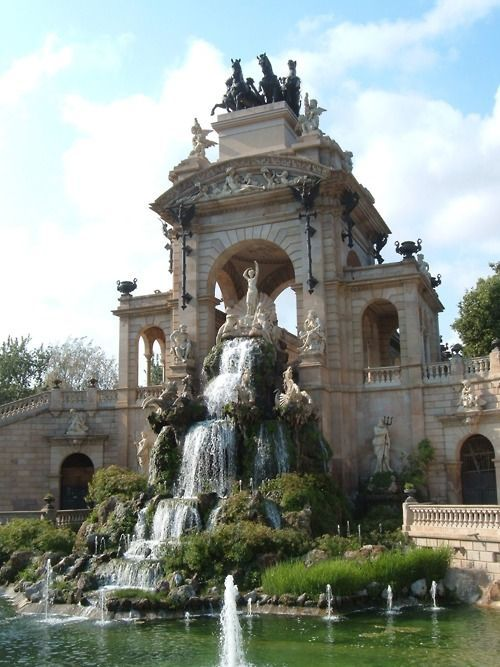 Parc de la Ciutadella, Barcelona, Spain    Cascade Fountain: Gaud铆 helped to design this fountain with it鈥檚 winged horses with serpent tails