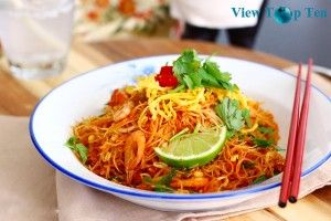 chicken and peanut noodle