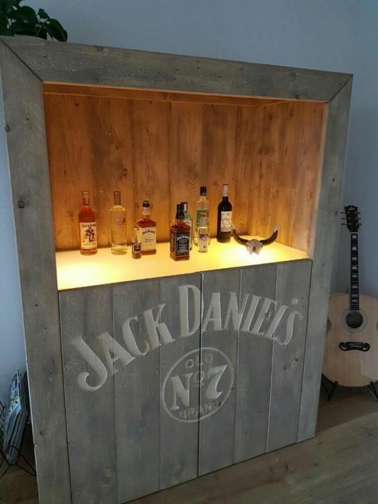 Undefined Bib In 2019 Drankkast Whiskey En Kast Steigerhout