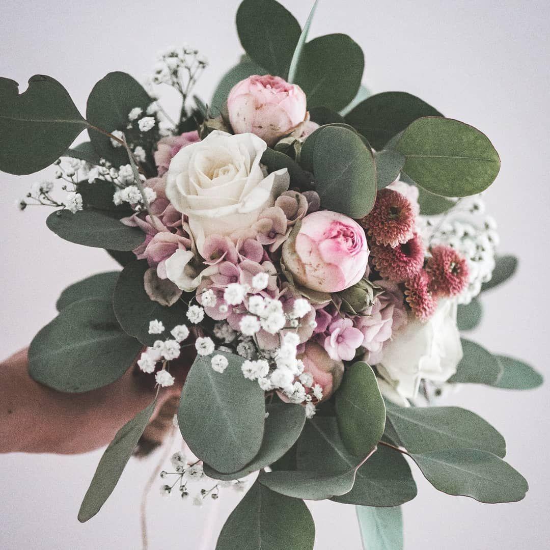Brautstrauß für eine standesamtliche Hochzeit ????