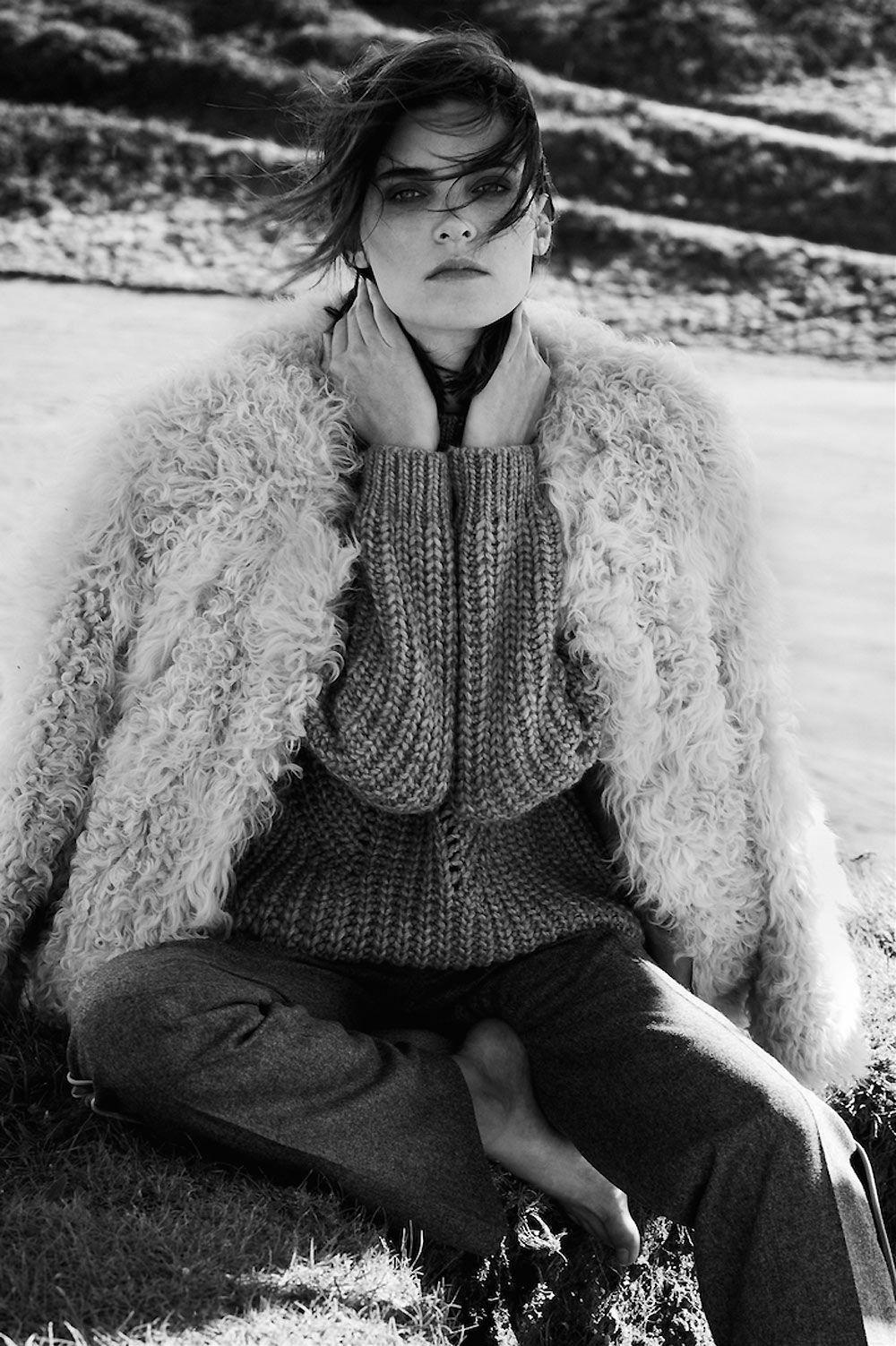 elle croatia, january, 2015, model, alison nix, djamel boucly, photographer, green, fields, grass, ocean , cliff, editorial, knitwear, winter, oracle fox, oracle, fox