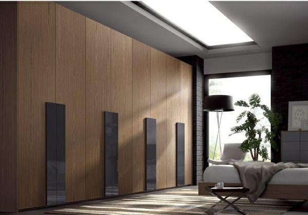 l 39 armoire dressing dans la chambre coucher moderne grande armoire armoires en bois et. Black Bedroom Furniture Sets. Home Design Ideas