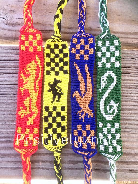 Harry Potter House Banner Friendship Bracelet Gryffindor