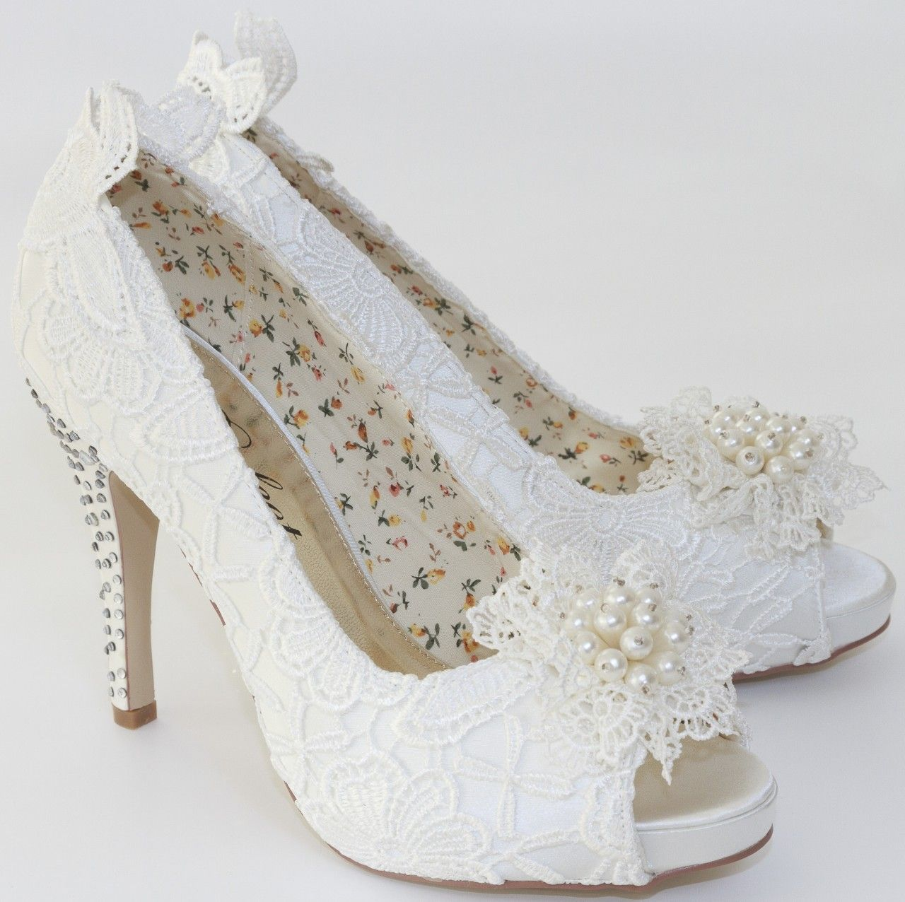 Etonnant Flo By Perfect Bridal Shoes Ivory Lace And Pearls At The Wedding Boutique.  FREE UK Delivery Available.