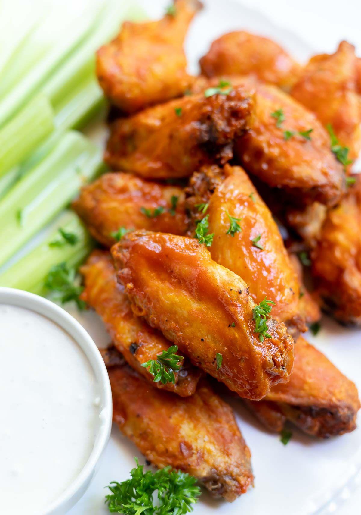 AIR FRYER BUFFALO CHICKEN WINGS!!! + Tasty Air Fryer