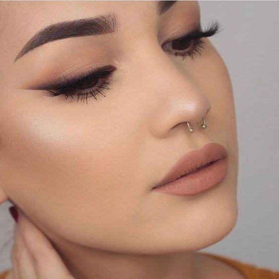32 ideas de maquillaje con labios nude Tipos de ropa, Ideas de - maquillaje natural de dia