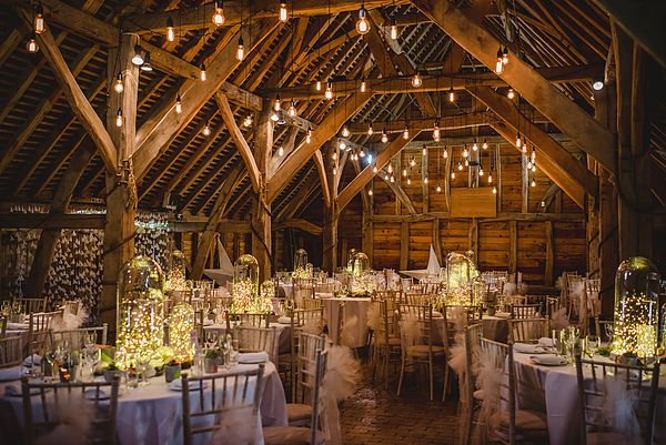 Wedding Flowers At Gildings Barn Surrey Barn Wedding Lighting Barn Wedding Wedding Venues Uk