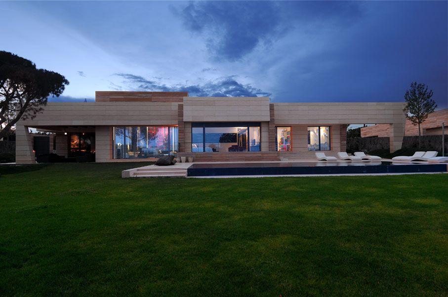 Casas modernas una casa moderna espectacular casas for Casas modernas rurales