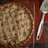 Apple Pie (without refined sugar) by Naturally Ella