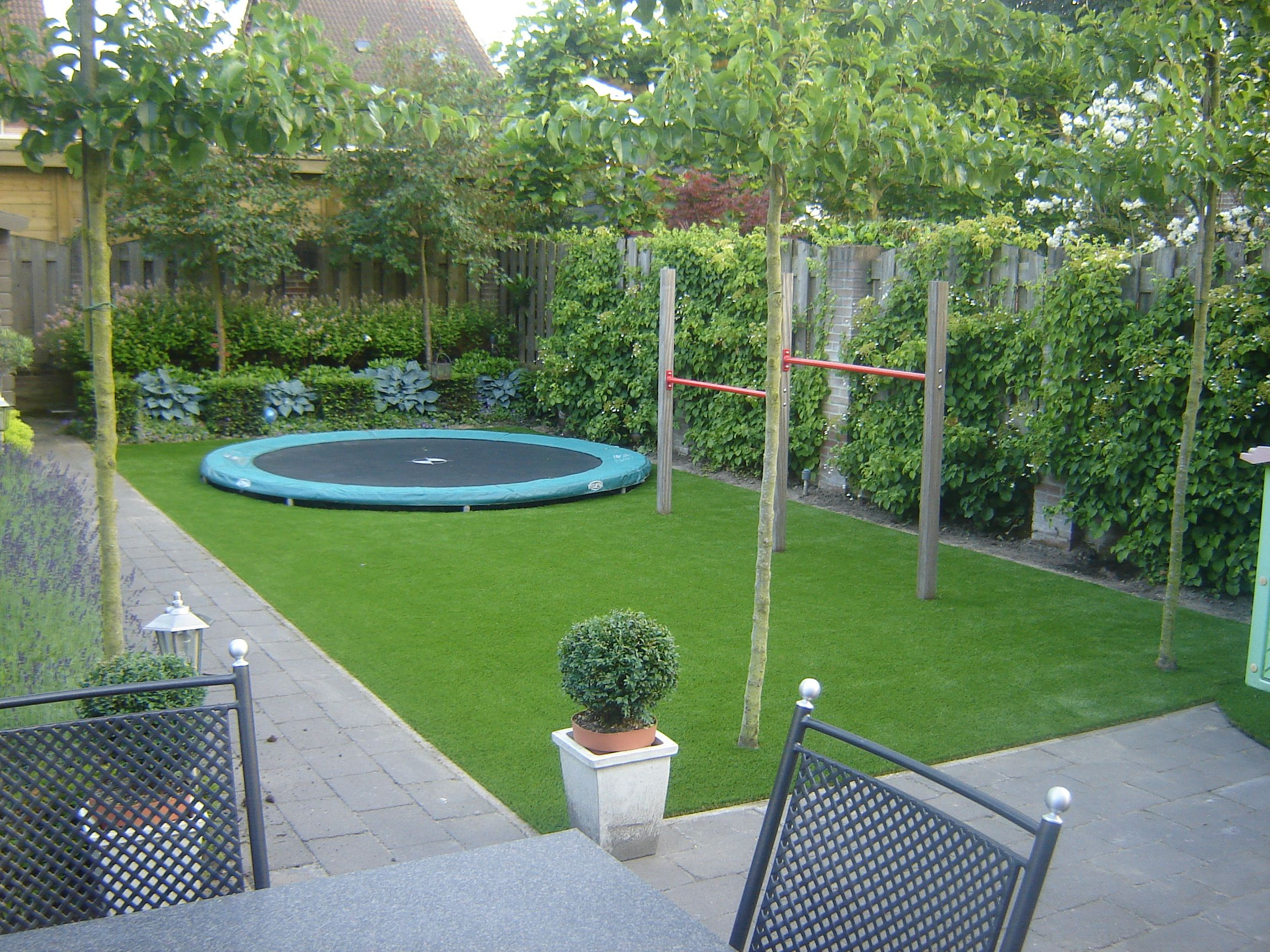 Kleine tuin kindvriendelijk google zoeken for the for Ideeen kleine tuin