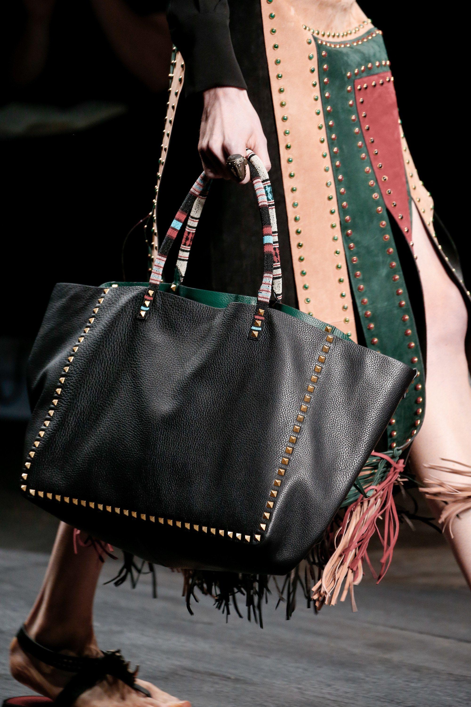 Valentino Spring 2016 ReadytoWear Fashion Show Fashion