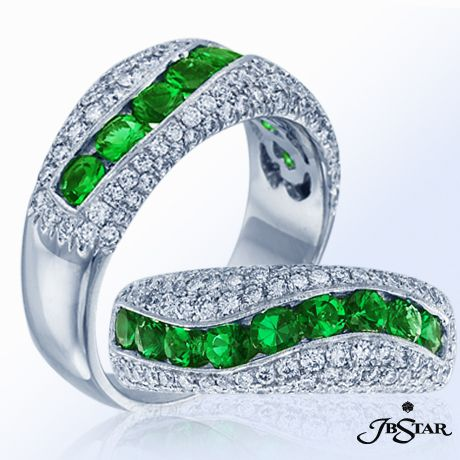 Style 0572 Multiple views of the exquisite round emerald and pave diamond band handcrafted in pure platinum in NYC