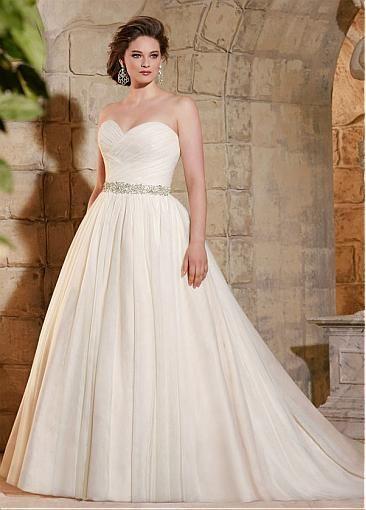 Glamorous Tulle Sweetheart Neckline A line Plus Size Wedding Dress