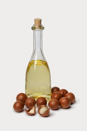 All about Macadamia Oil and Essential Beauty Tips.