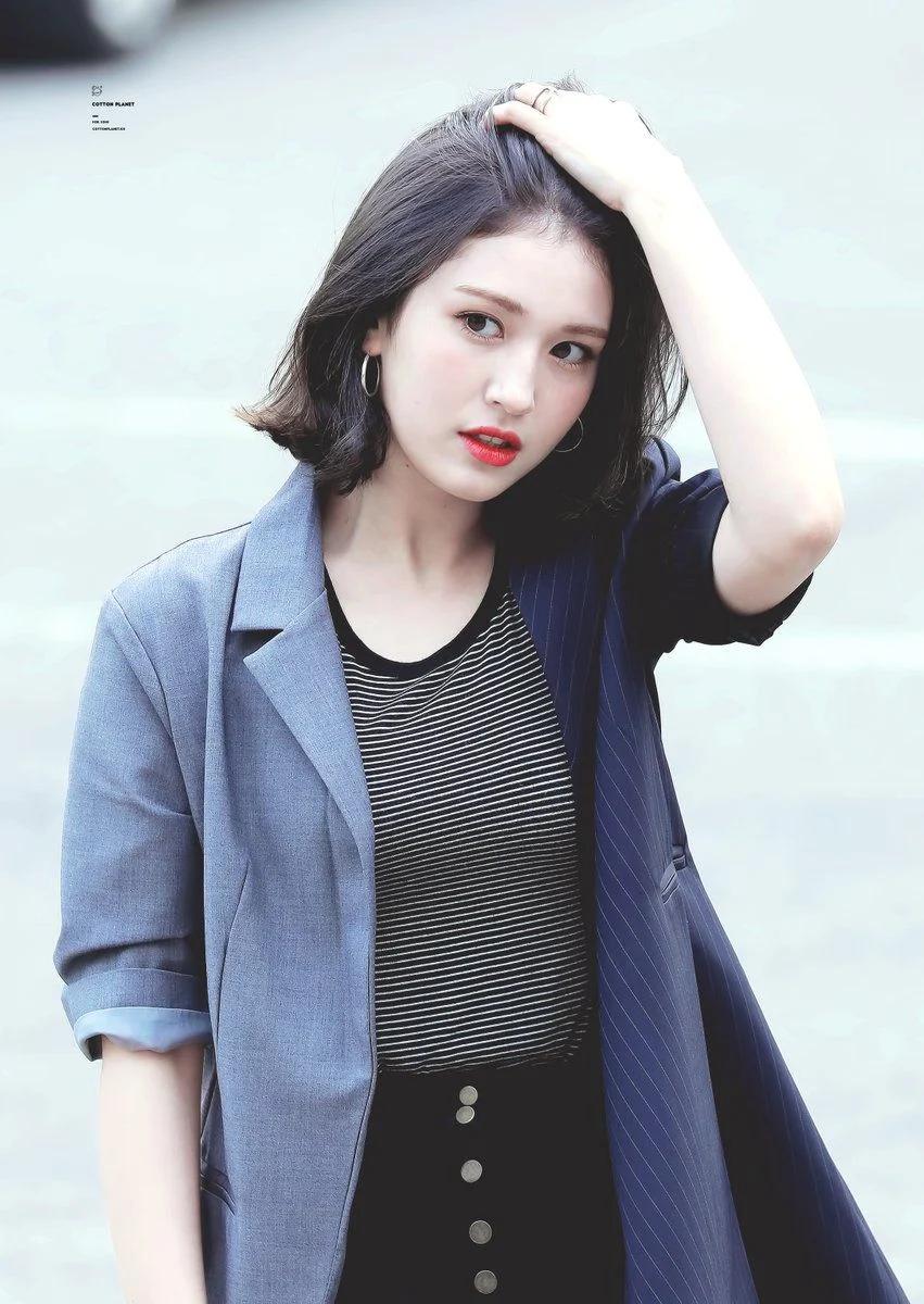 Pin By 2days 1night On Hallyu Wave Somi Jeon Somi Kpop Girls
