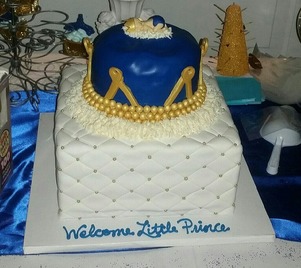 My Baby Shower Cake I Had A Royal Prince Theme The Cake Was A Tier Quilted