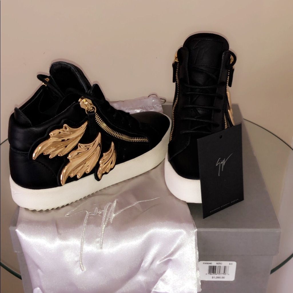 AUTHENTIC Giuseppe Tennis Shoes