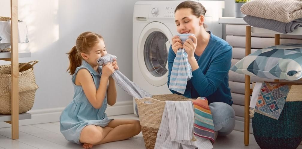 Top 10 Best Smelling Laundry Detergents 2020 Reviews With