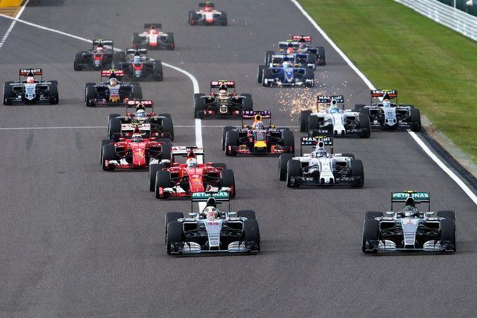 Lewis Hamilton assumiu a liderança na largada e ditou ritmo do GP do Japão