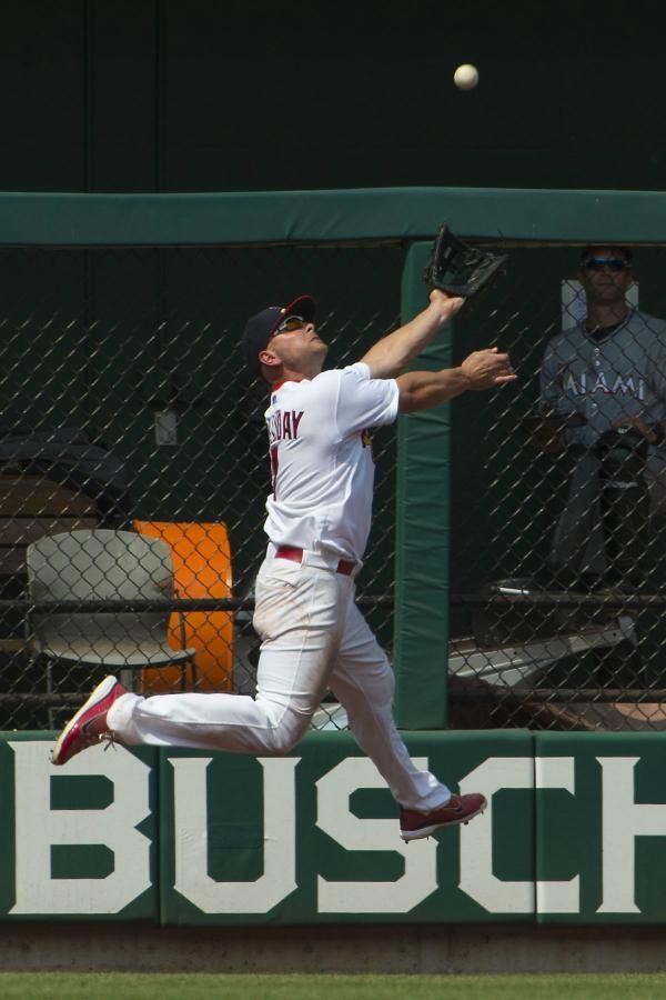 Matt Holliday making a spectacular catch! 07-08-12