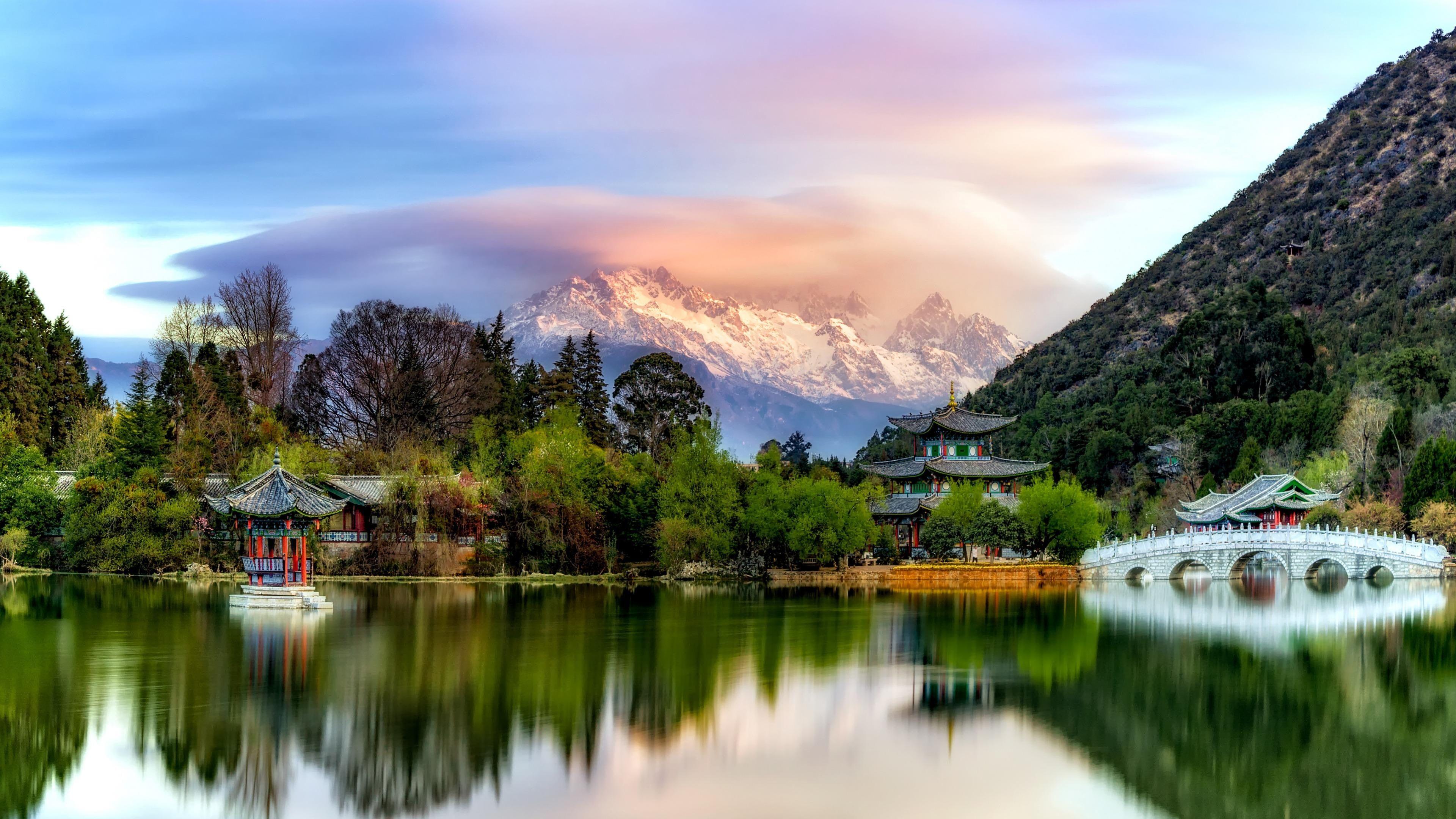 #park #mountain snow mountain jade dragon snow mountain #lake #reflection #china yun nam #lijiang #town #4K #wallpaper #hdwallpaper #desktop