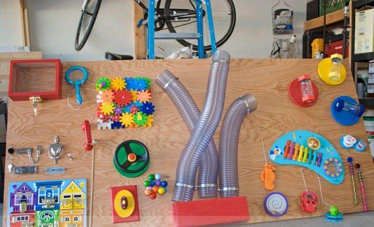 activity board idee mit rohren und xylophon ideen. Black Bedroom Furniture Sets. Home Design Ideas