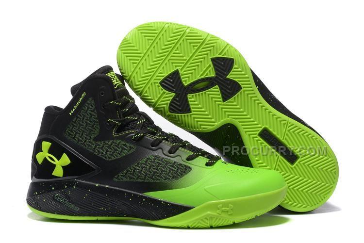 Men Basketball Shoe Under Armour