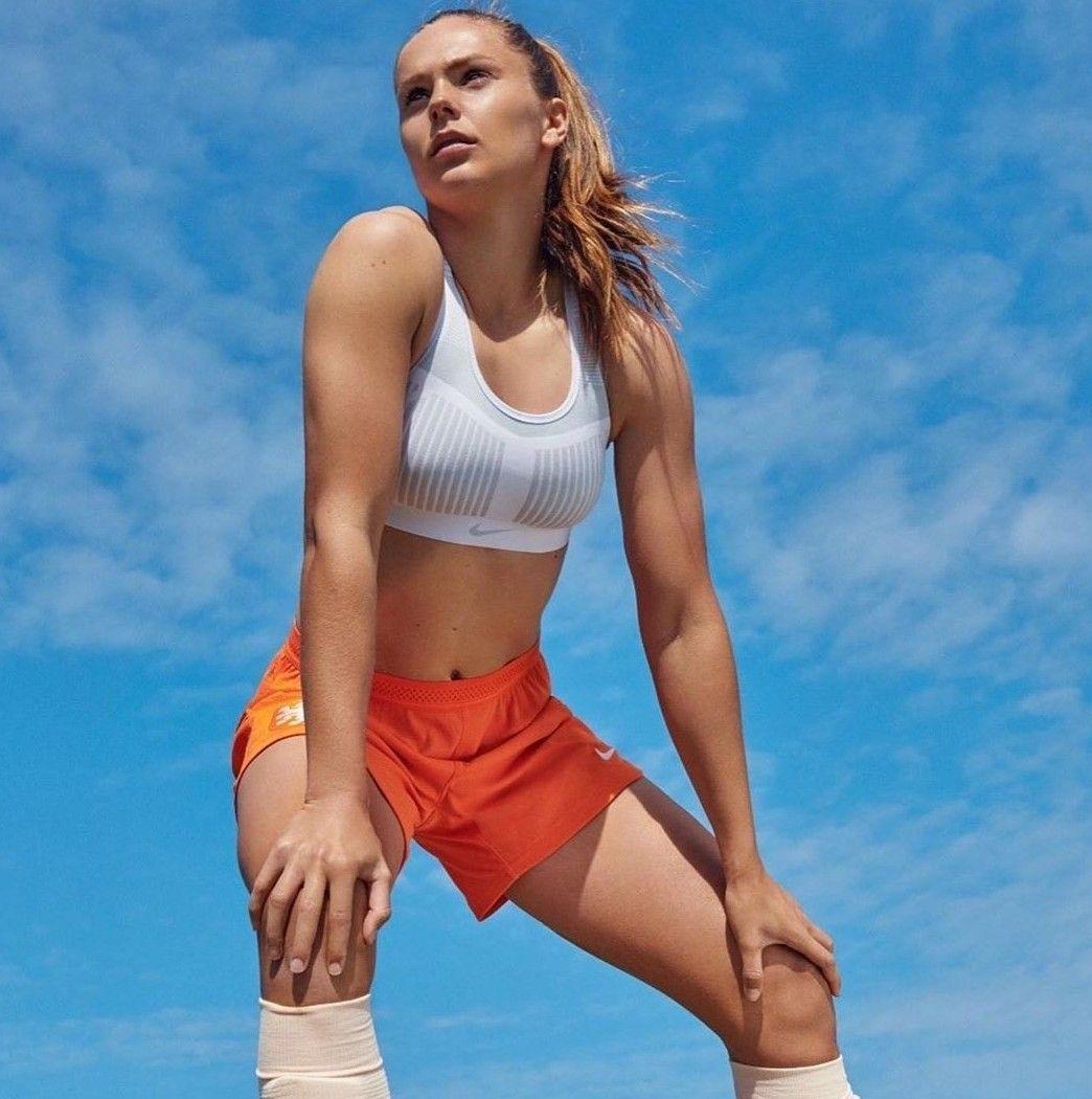 Lieke Martens Netherlands Soccer Girl Soccer Outfits Female Soccer Players