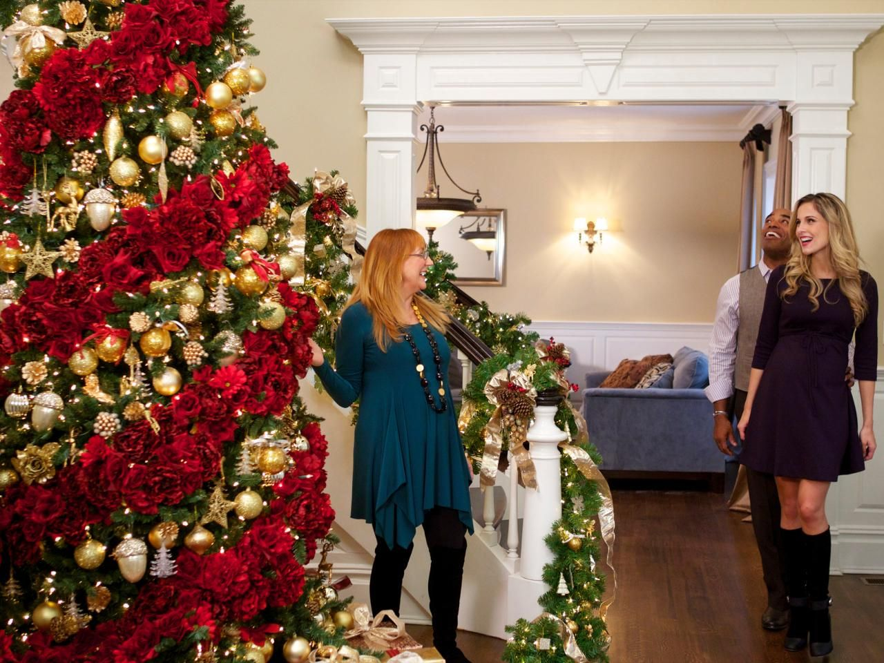 celebrity holiday homes holiday decorating and entertaining ideas how tos hgtv - Celebrities Christmas Decorated Homes
