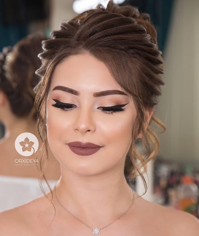 Haar Dutt Bride Hairstyles Indian Wedding Hairstyles Bridal Hairdo