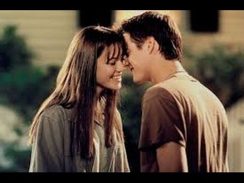 Un Paseo Para Recordar Pelicula Completa Hd A Walk To Remember Quotes Walk To Remember Sparks Movies