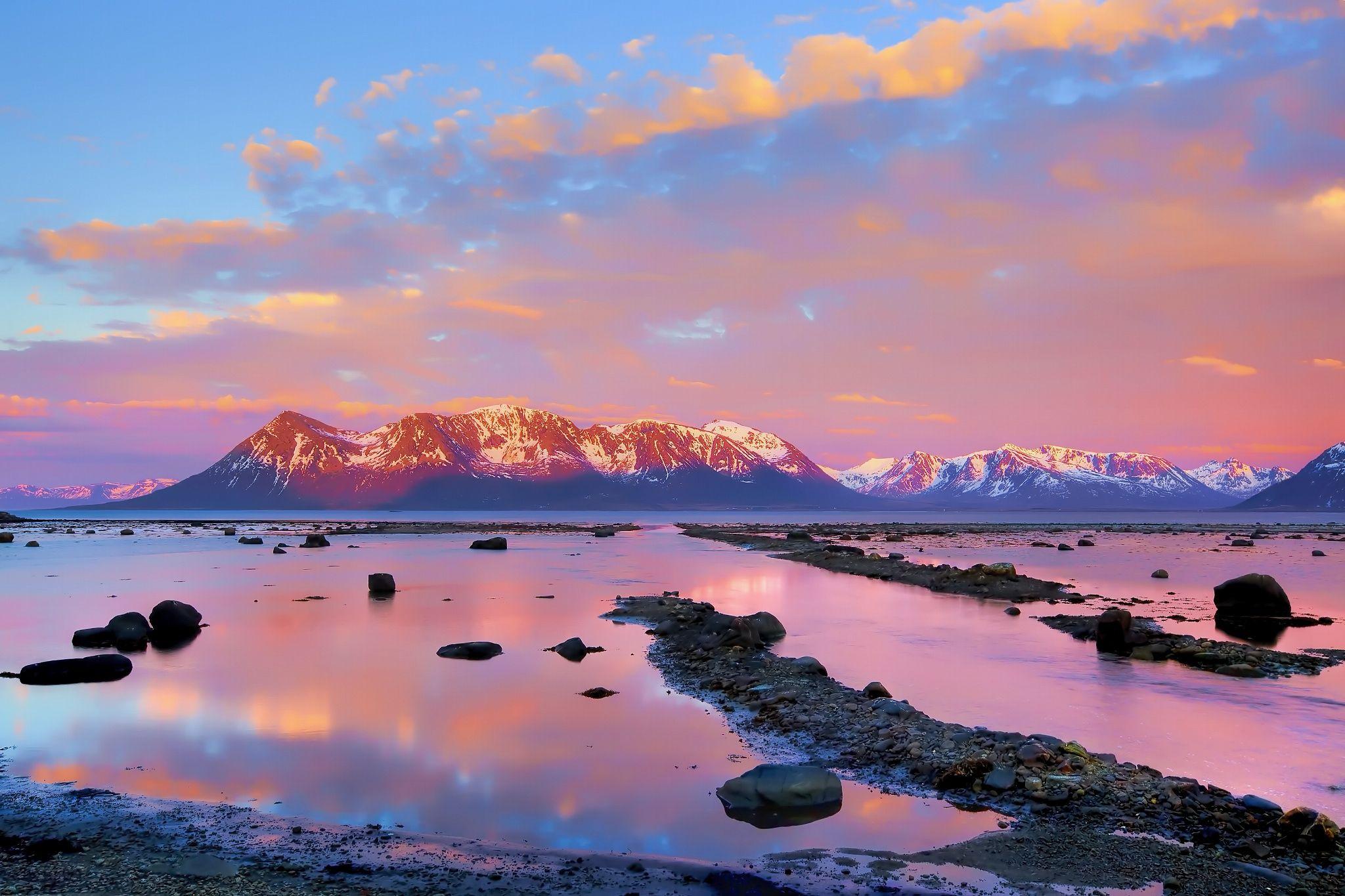 Midnight sun by Kjersti Busk Joergensen on 500px